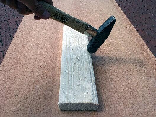 Holz selber rustikal machen