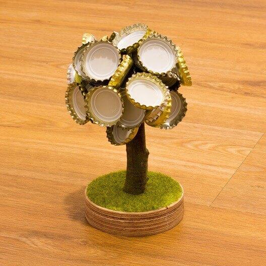 DIY Kronkorkenbaum selber bauen